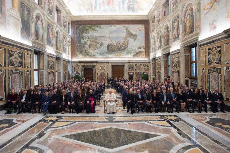 El Papa Francisco en la Sala Clementina  -  © Osservatore Romano