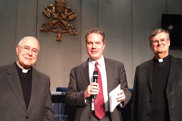 Padre Ardua, Dr. Greg Burke, Mons. Johannes Grohe