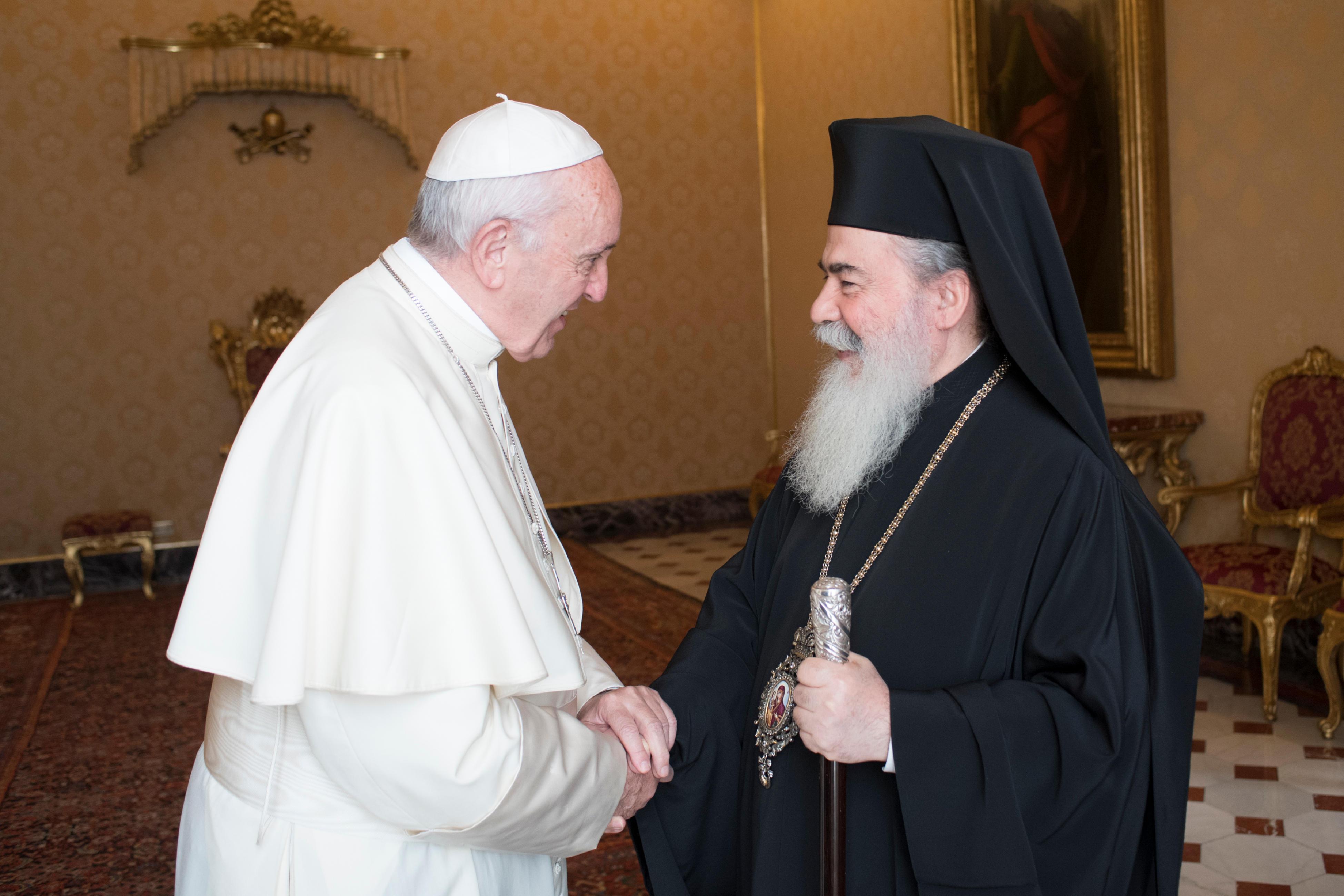 El Papa agradece a Teófilo III su visita © L´Osservatore Romano