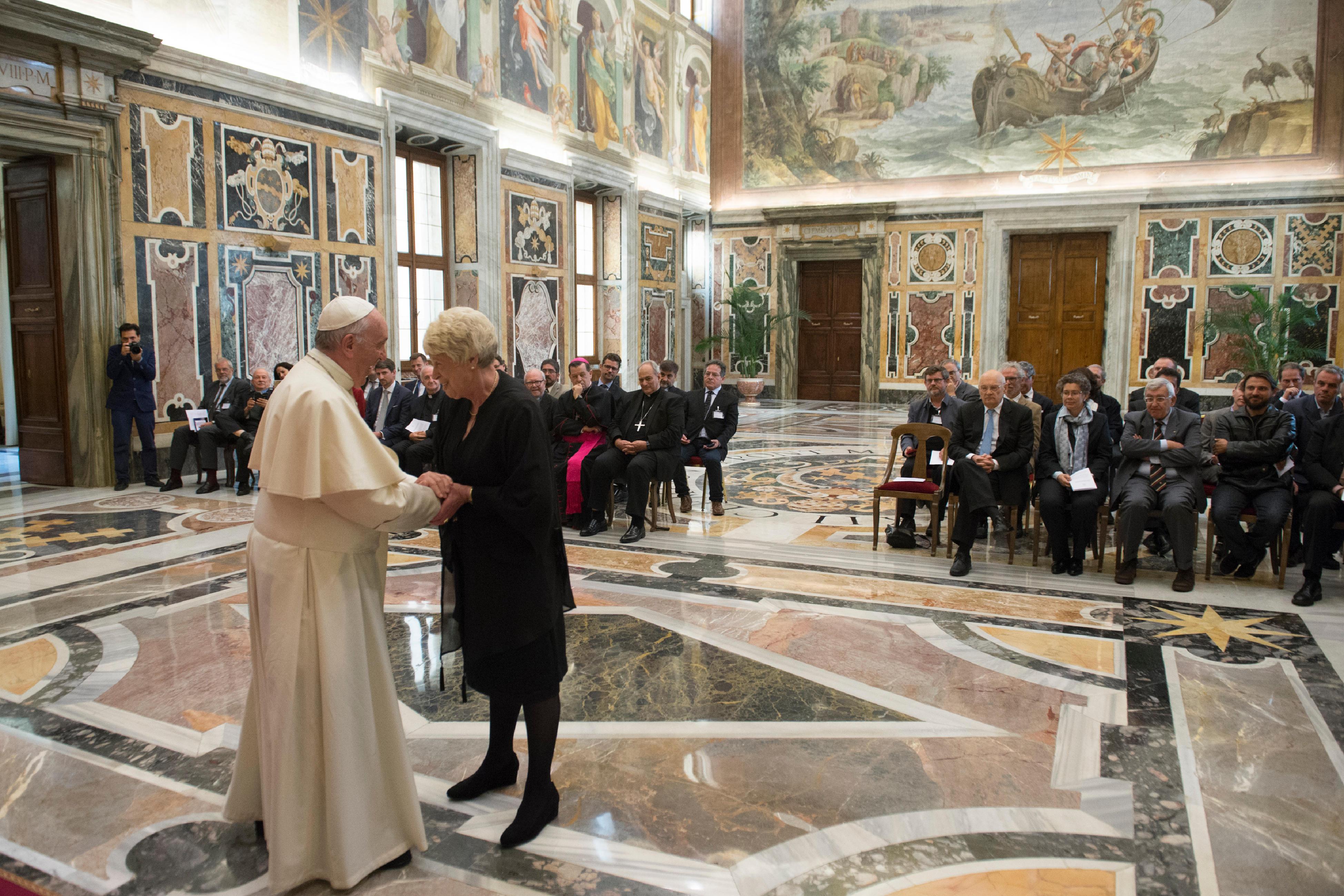 Miembros de la Academia Pontificia de Ciencias Sociales © L´Osservatore Romano