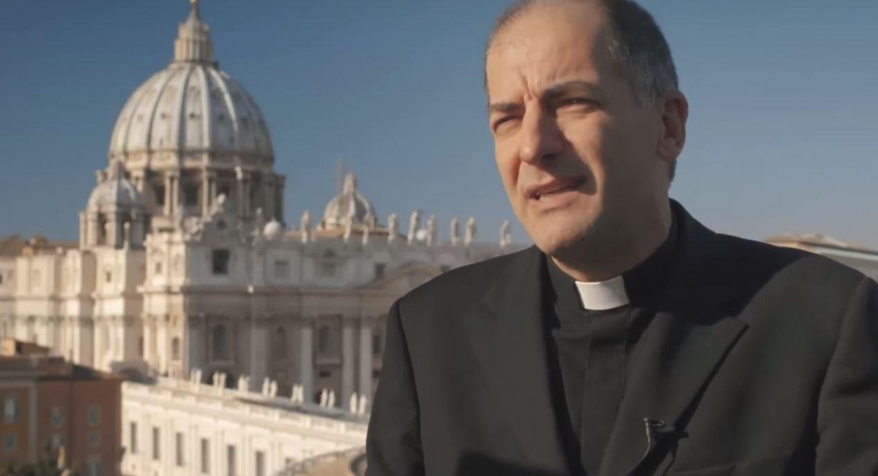 Mons. Giovanni Pietro Dal Toso. Captura de Youtube