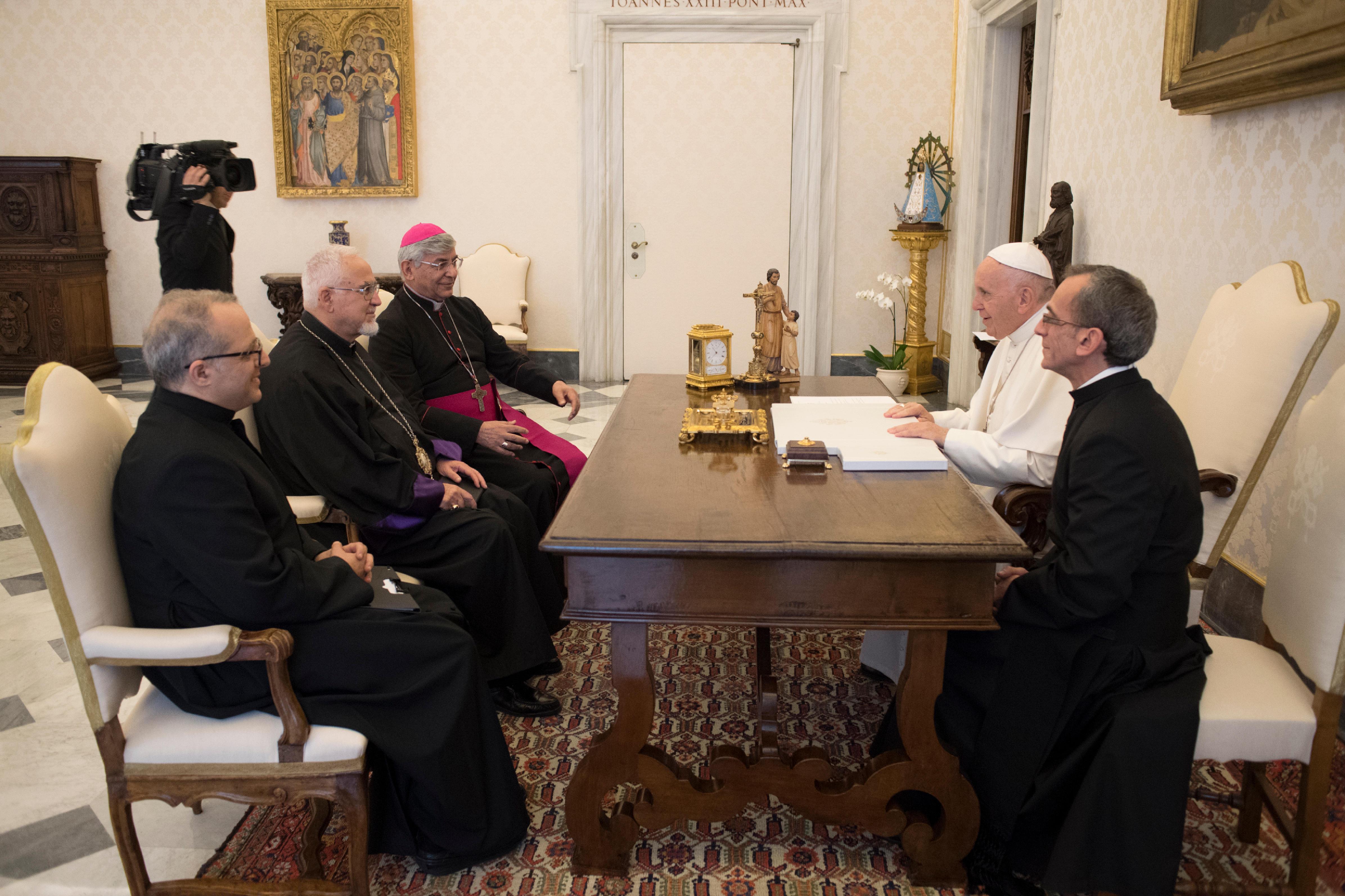 Visita 'ad limina apostolorum' de los obispos de Irán © Vatican Media