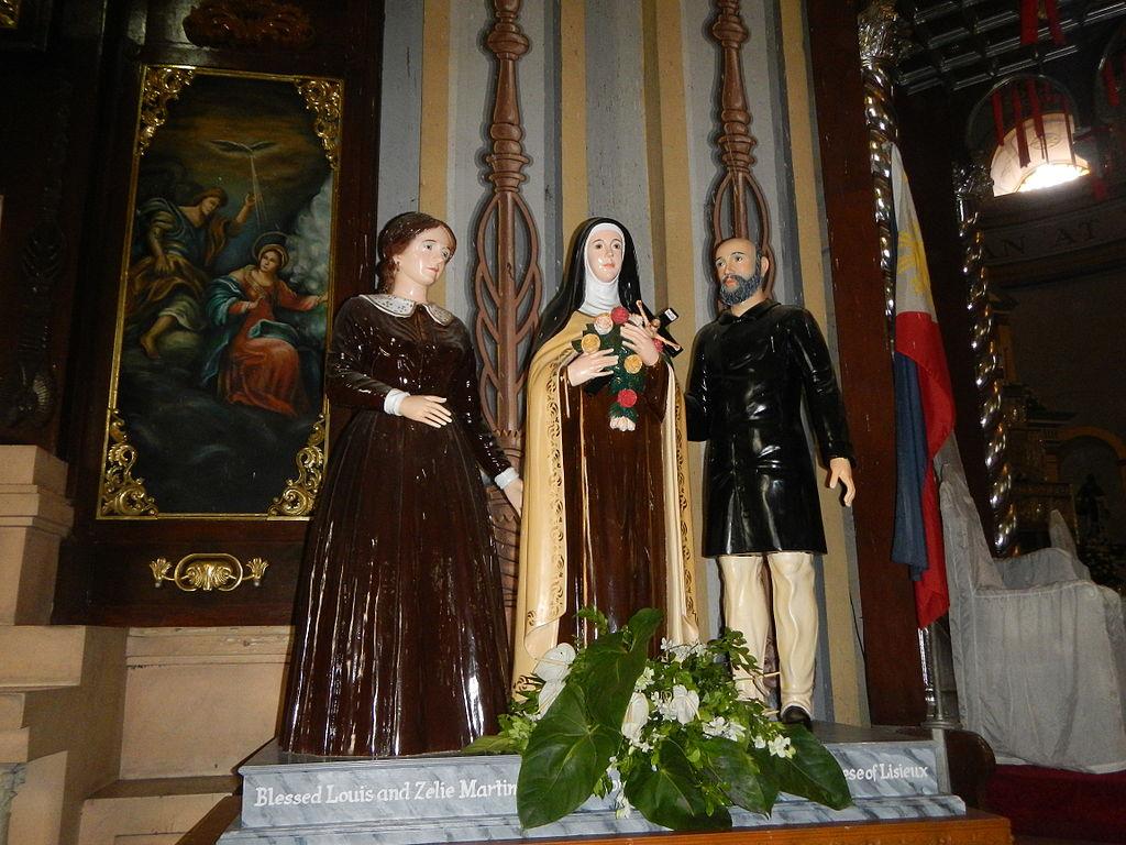 Santa Teresita del Niño Jesús y sus papás santos, Louis y Zélie Martin