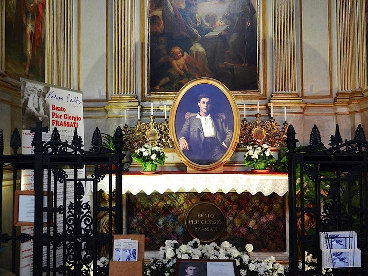 La tumba de Pier Giorgio Frassati en la catedral de Turín