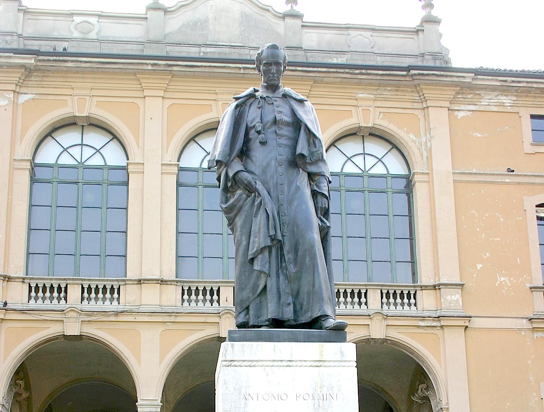 Monumento a Antonio Rosmini (en la ciudad de Milán)