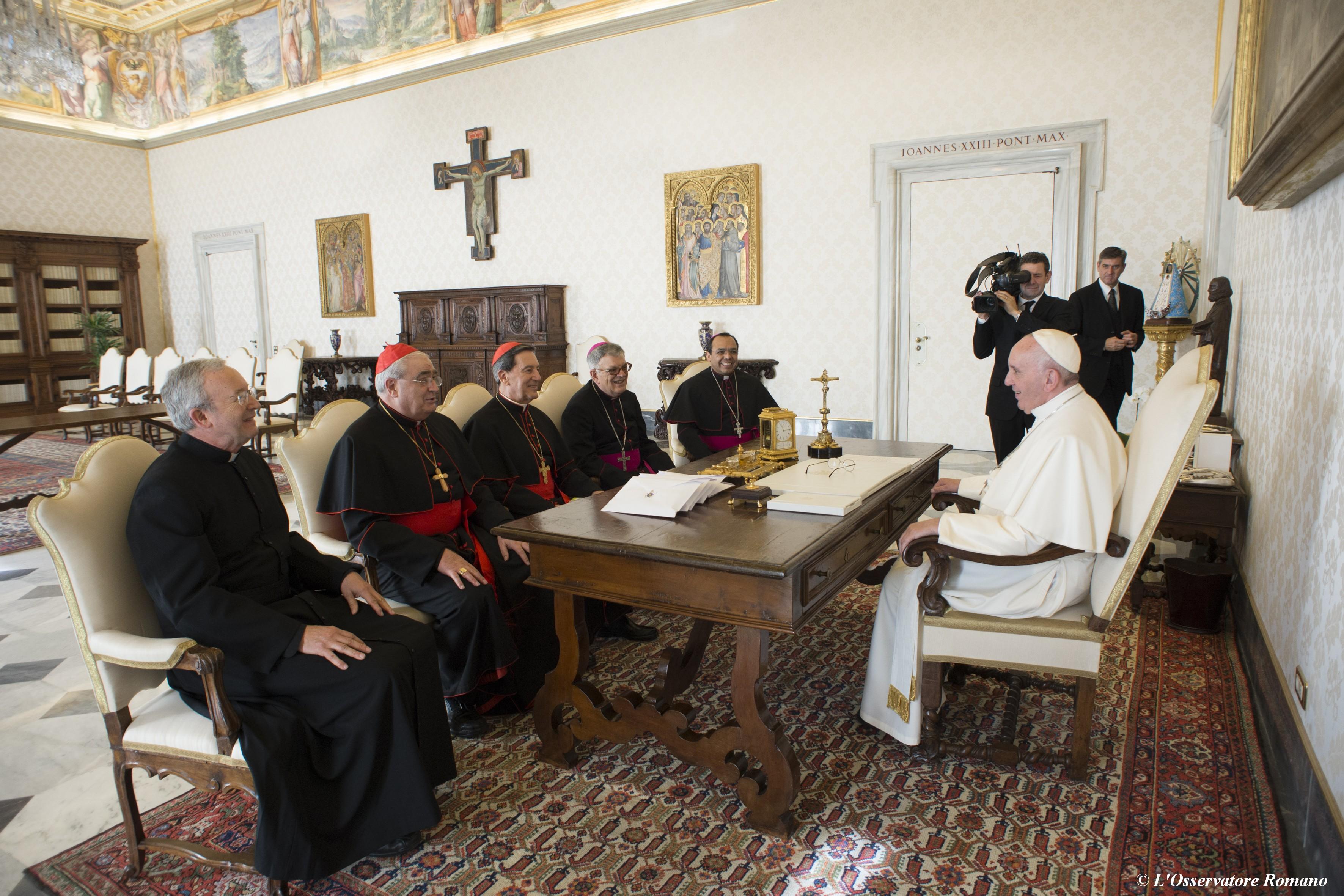Papal audience to cardinal Rubén Salazar Gómez