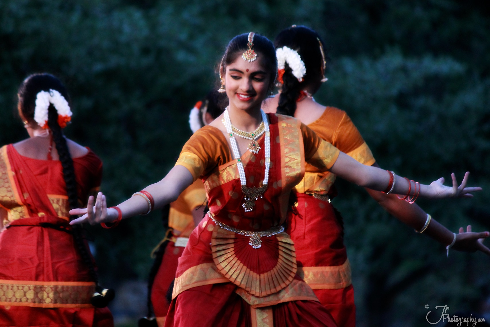 Dipavali Hindu festival and dance