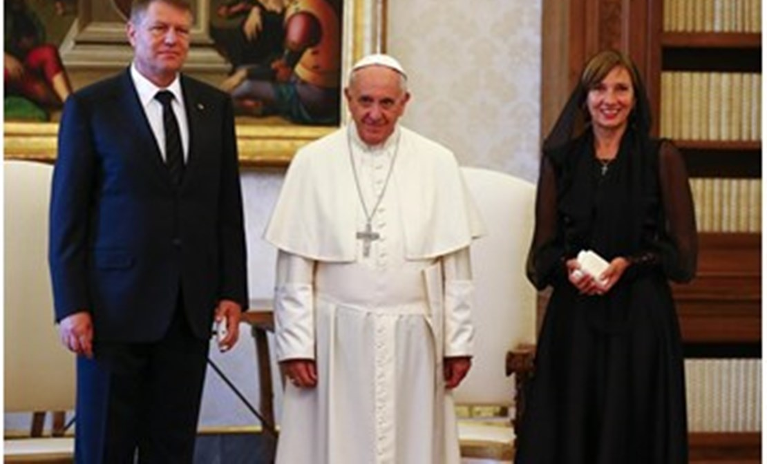Pope Francis with Romanian President Klaus Werner Iohannis