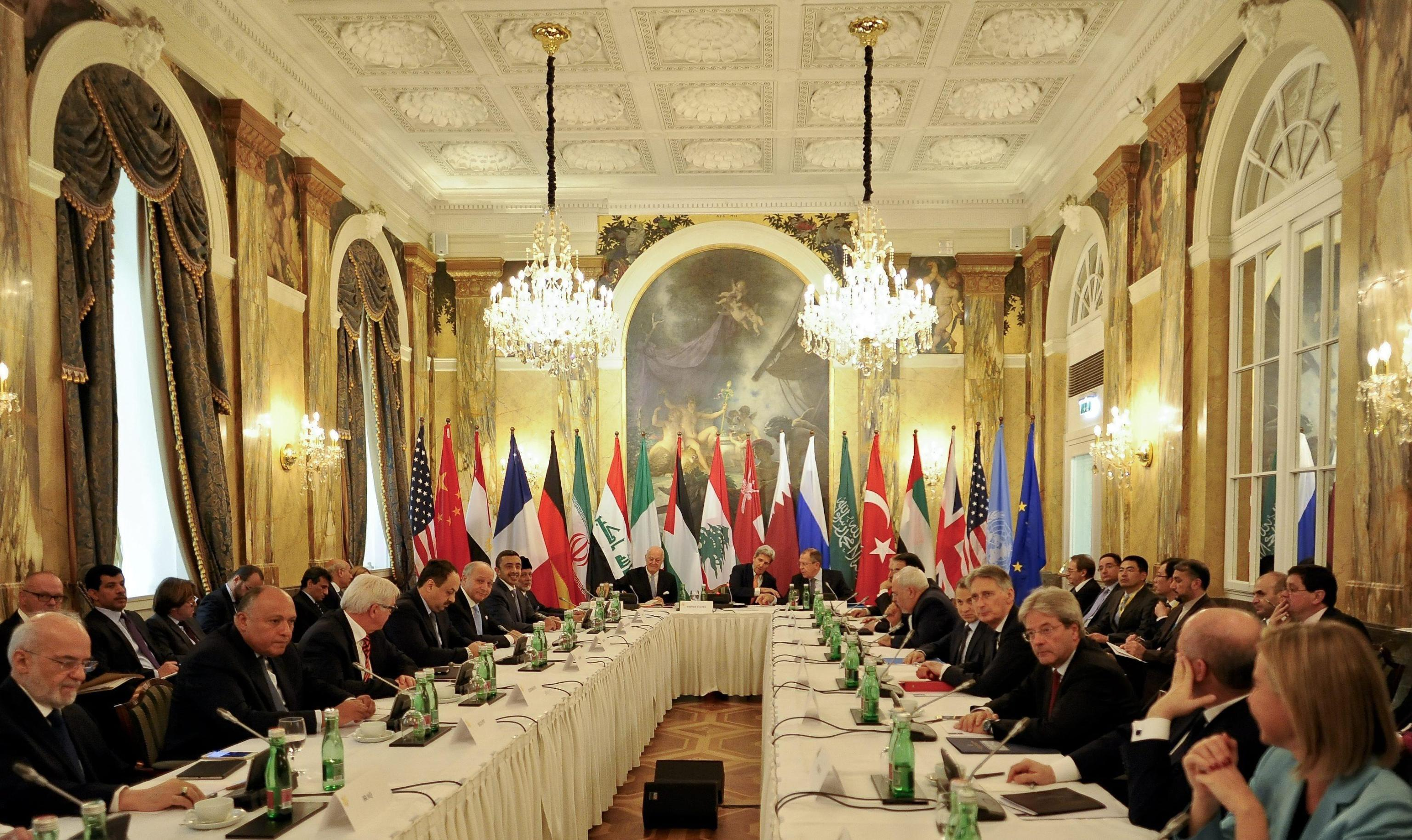 International conference on Syria in Vienna - US Secretary of State John Kerry (C) and Russian Foreign Minister Sergei Lavrov (C-R) head an international conference on Syria at the Hotel Imperial in Vienna