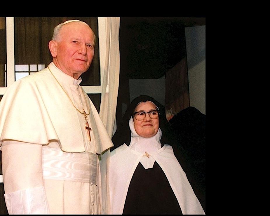 San Juan Pablo II y Sor Lucía