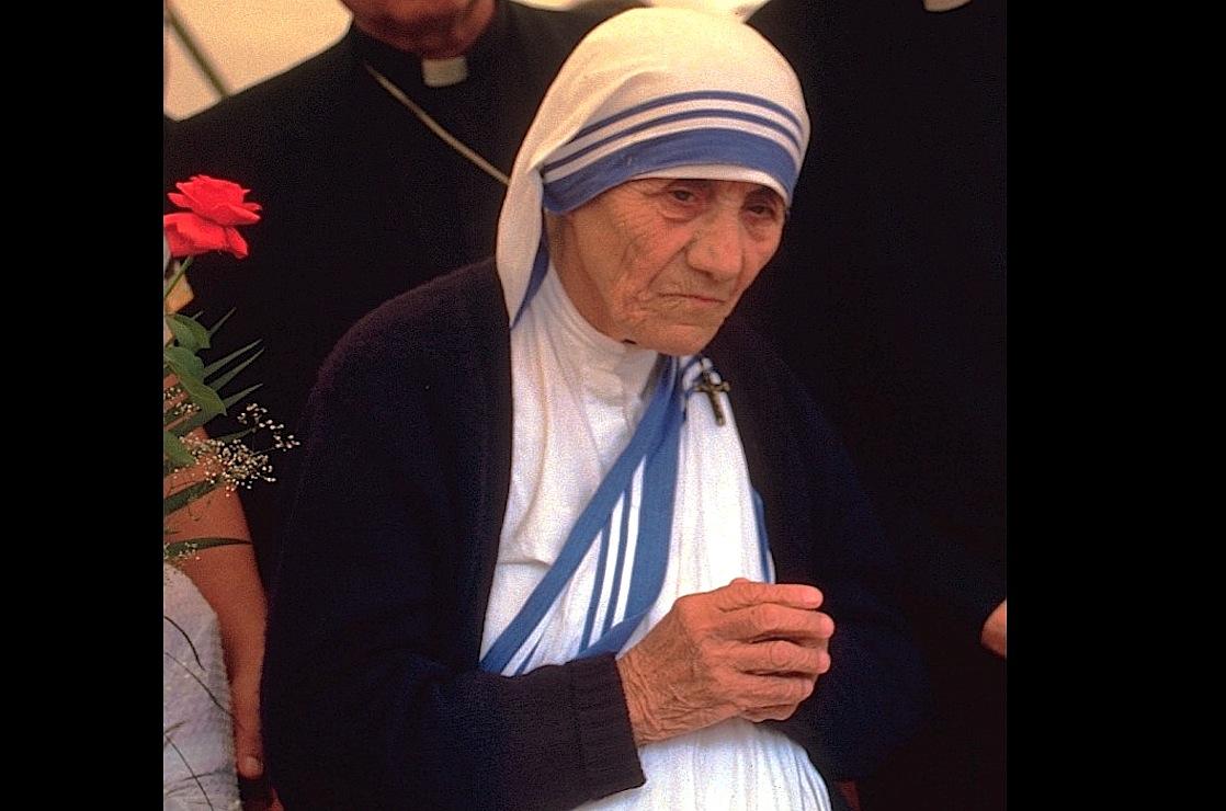 Madre Teresa de Calcuta, fundadora de las Misioneras de la Caridad