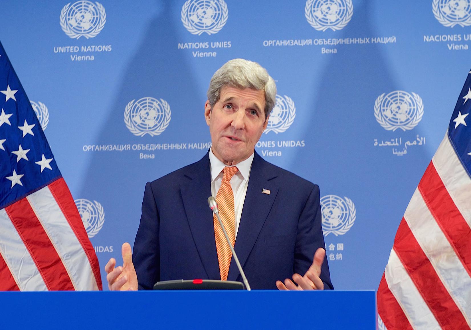 John kerry anuncia en Viena el final de las sanciones a Irán
