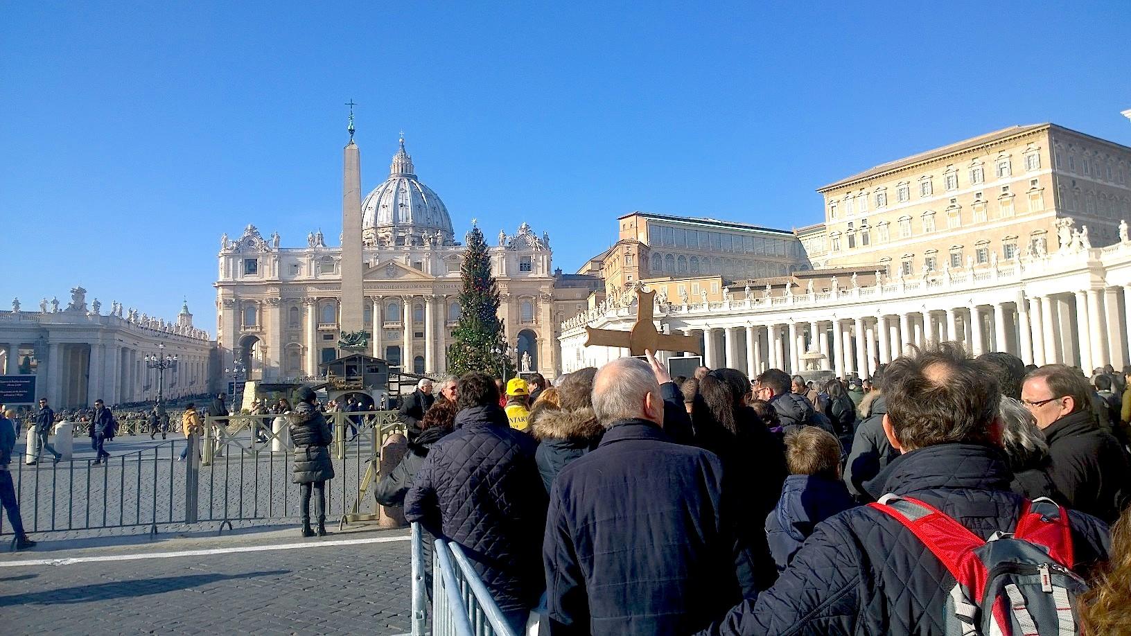 Pilgrims walking to Holy door at Via della Conciliazione