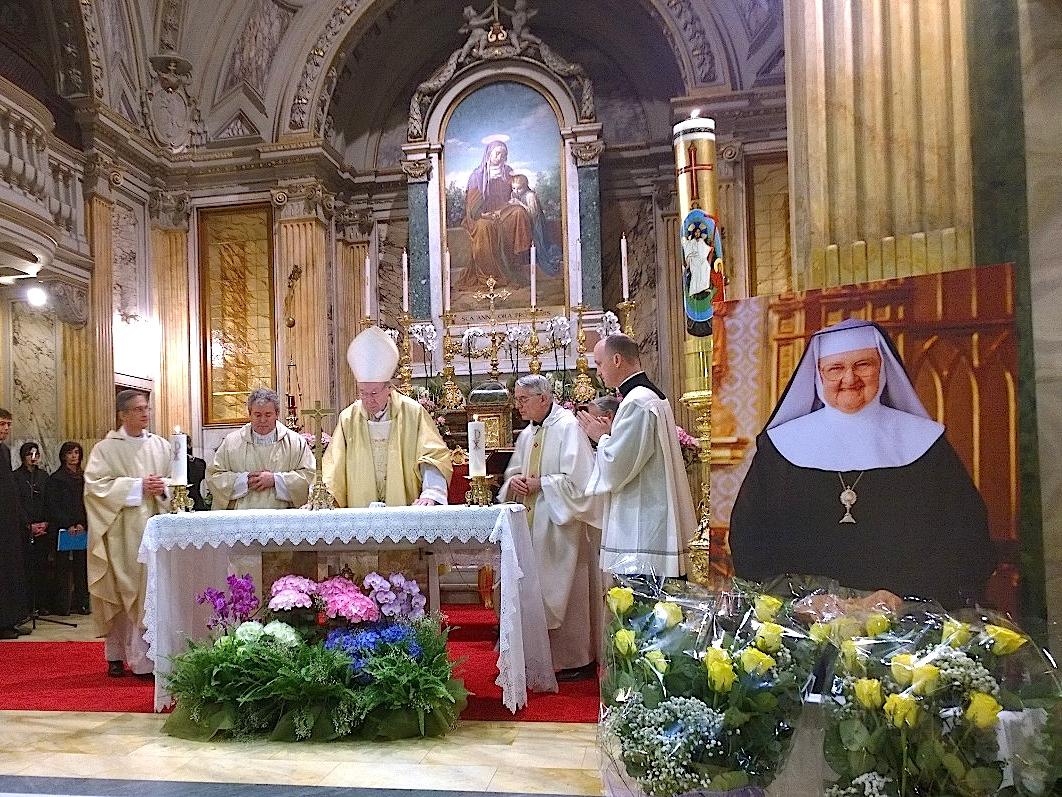 Madre Angelica, misa en sant'Anna