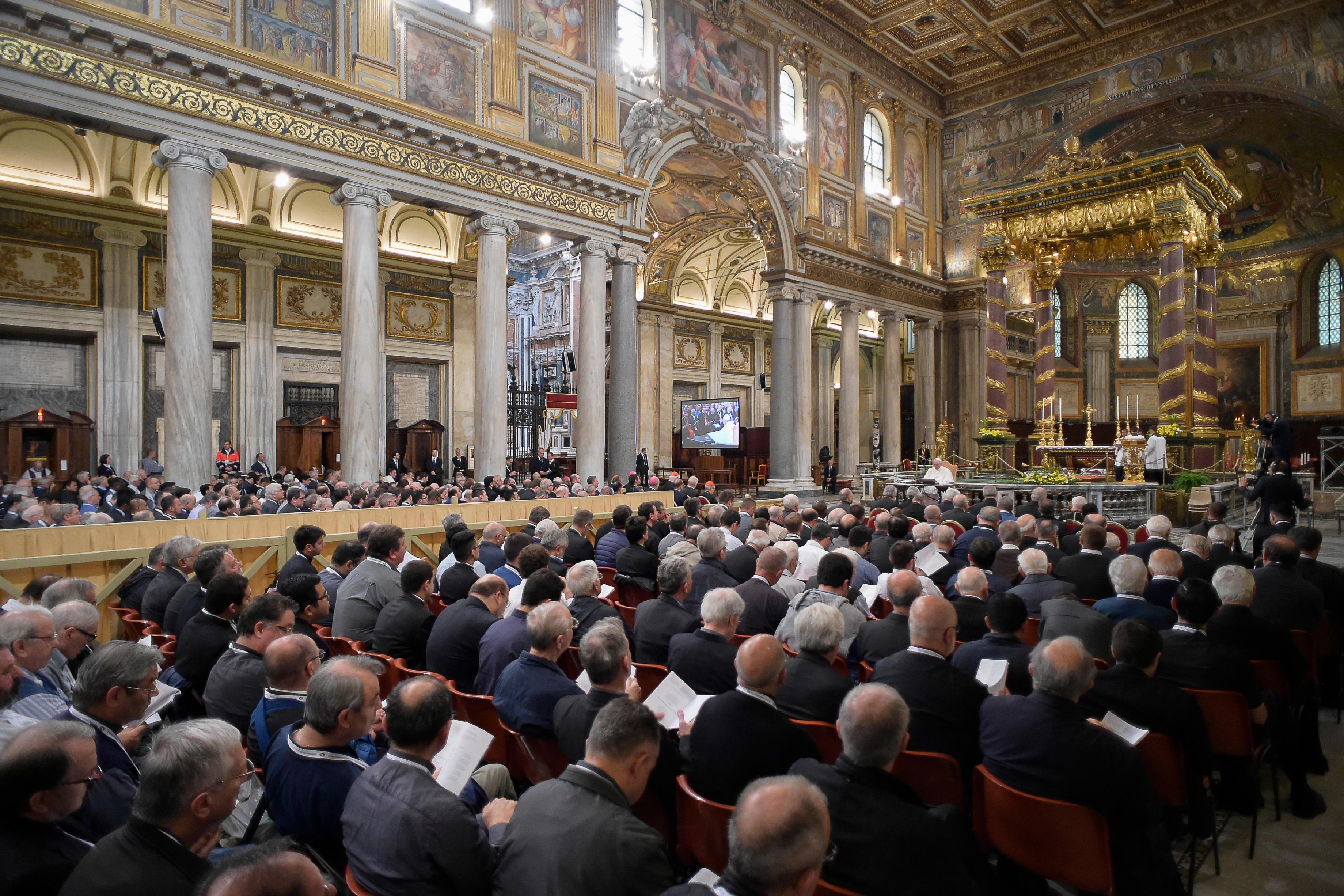 El Papa en Santa María la Mayor durante la predicación en el Jubileo de los Sacerdotes (Foto ©Osservatore Romano)