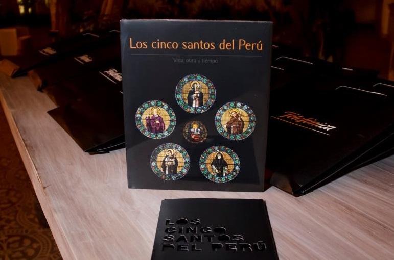 Libro Los Cincos Santos del Perú