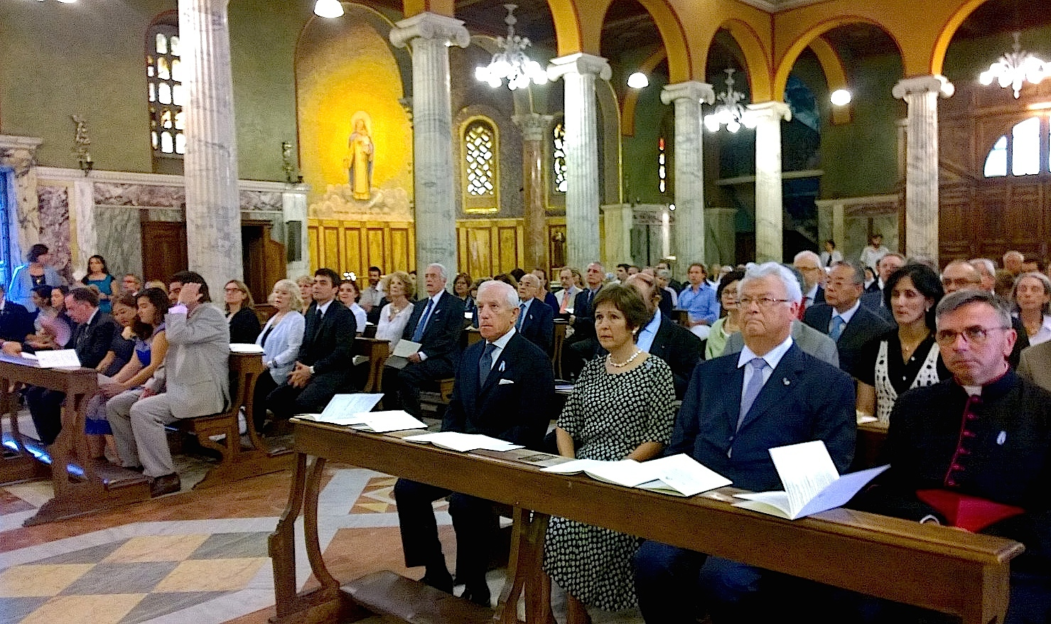 Misa en la Iglesia Argentina en Roma, con motivo del bicentenario (Foto ZENIT cc)
