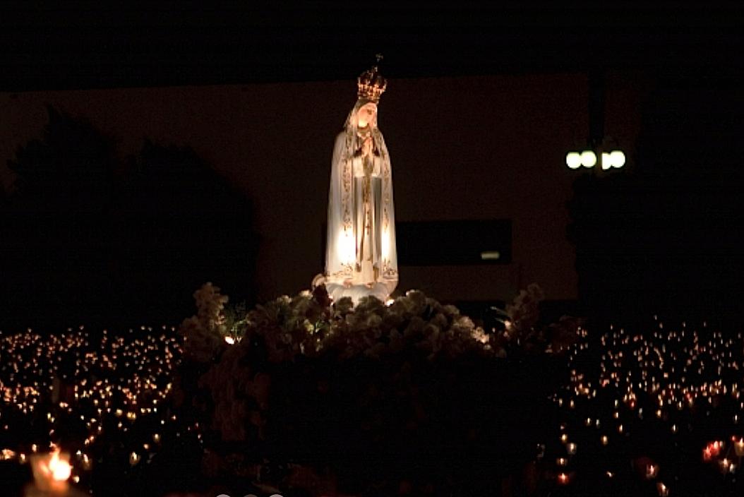 Santuario de Fátima, peregrinación nocturna