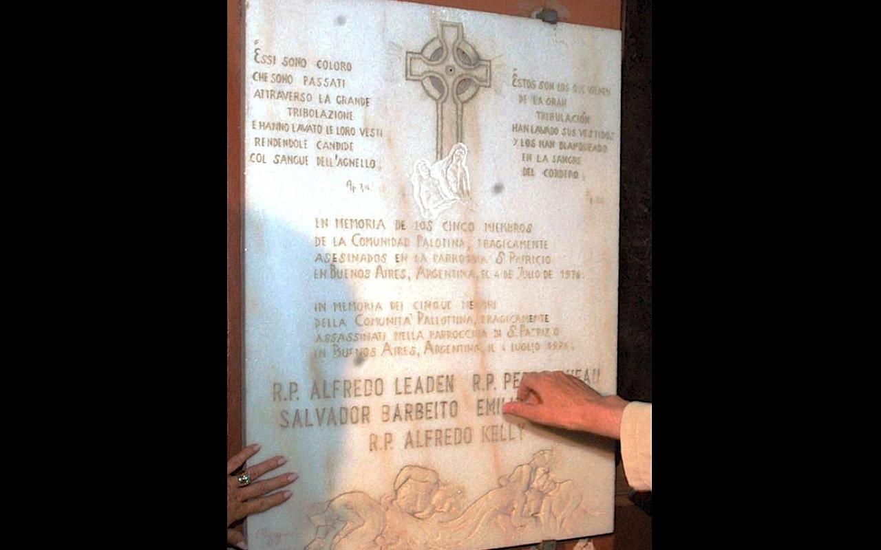 La placa en la Iglesia de San Silvestre en recuerdo de los Palotinos (Fto. presidencia Arg.)