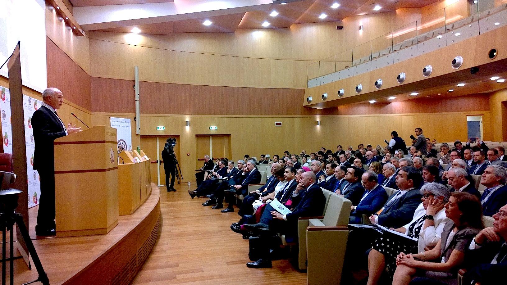 Forum de diálogo en el auditorio del Agustinianum (Foto ZENIT cc)