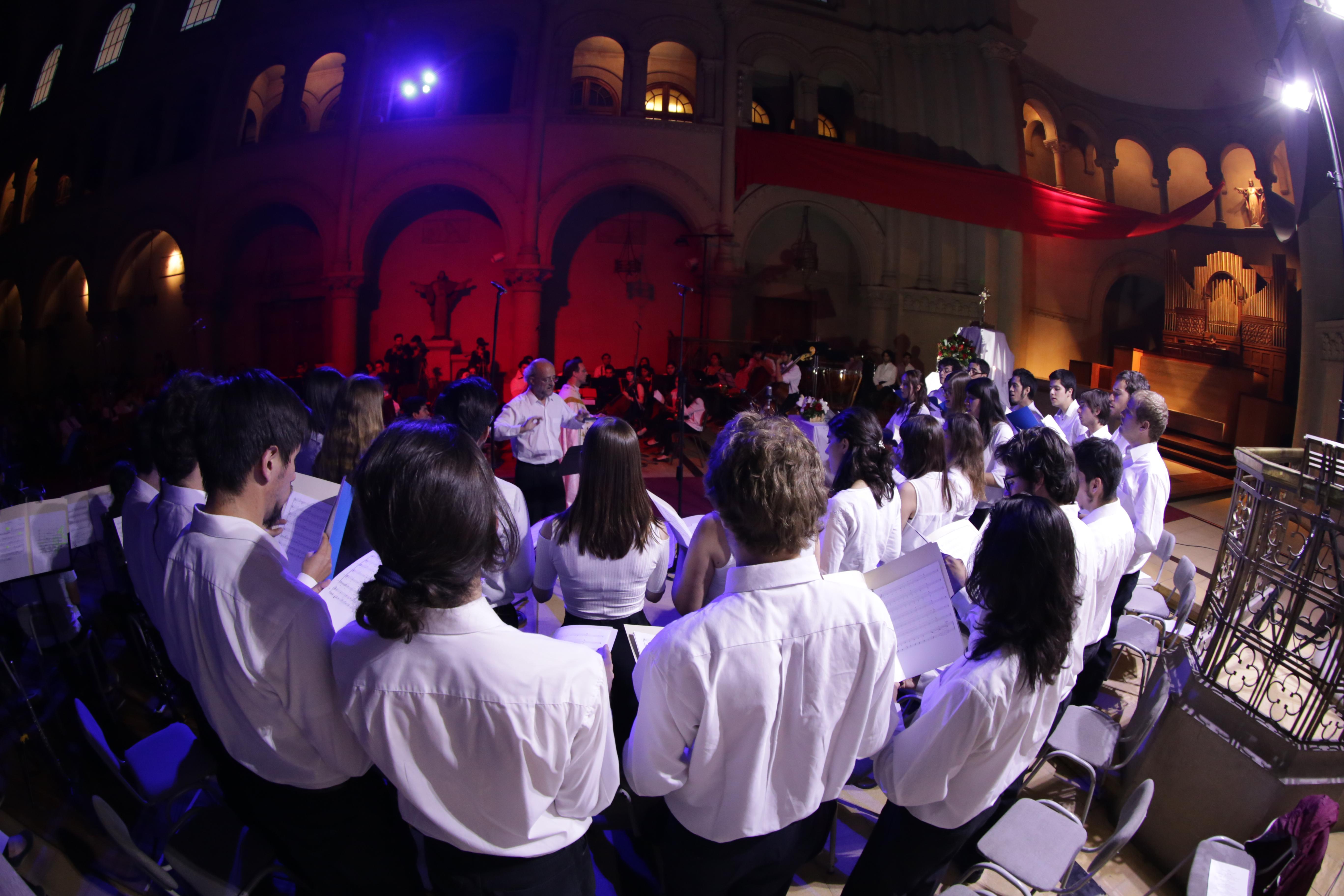 Concierto de adoración Soli Deo Gloria (prensa pastoral UC Chile)