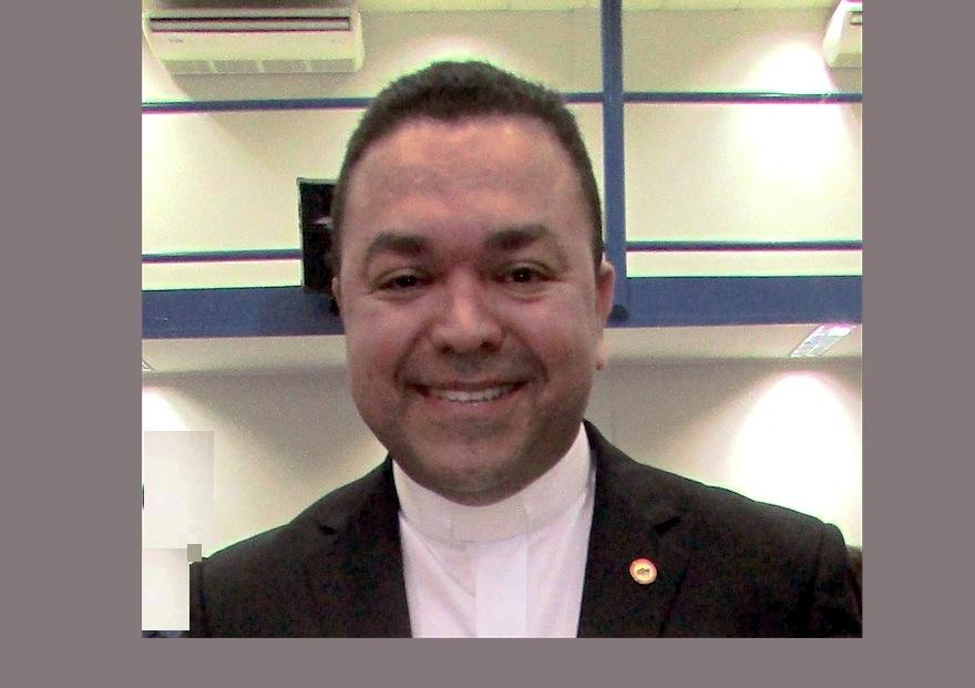 Padre Edmilson Tadeu Canavarros dos Santos S.D.B
