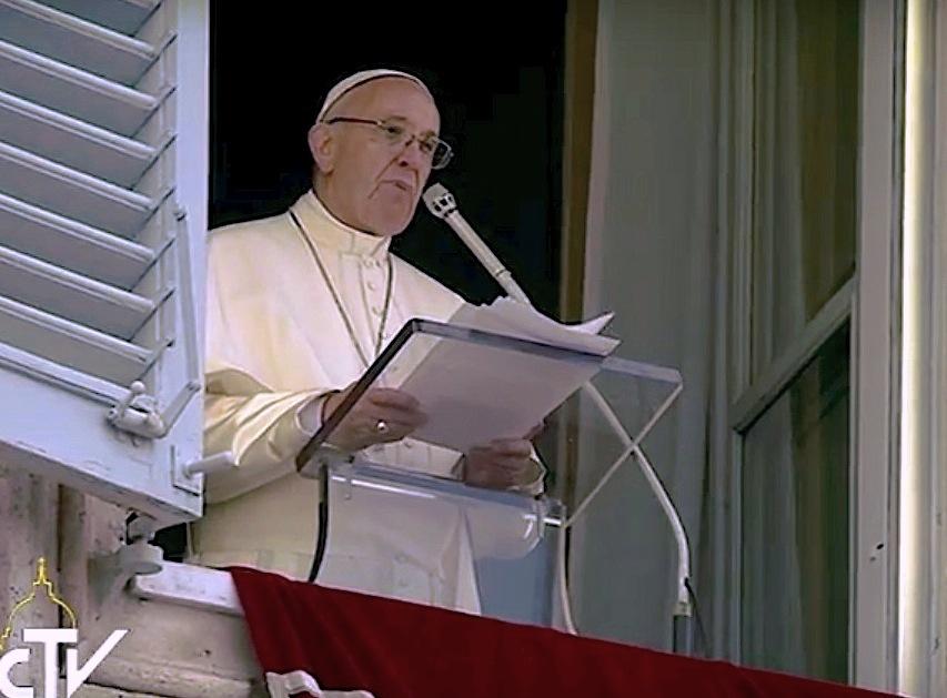 El papa Francisco después de la oración del ángelus (CTV ©)