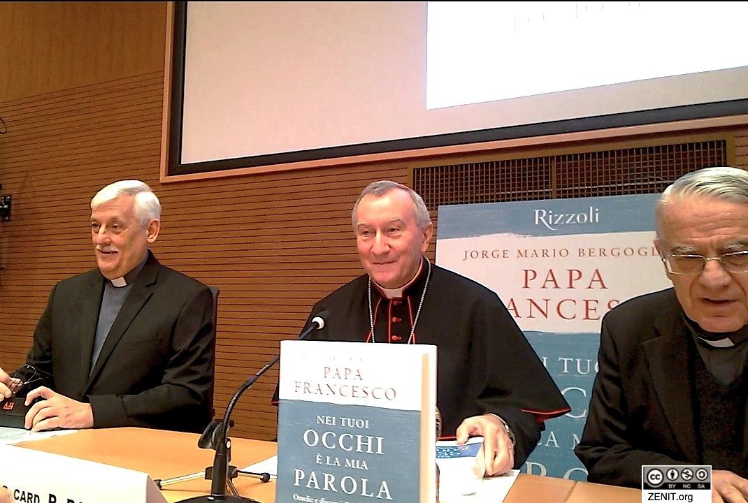 El cardenal Parolín en la presentación del libro con los discursos y homilías del cardenal Bergoglio (Foto ZENIT cc)