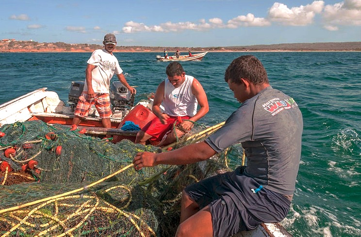 Pesca en la Isla Margarita (The Photographer - Wikicommons cc0)