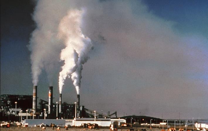 Planta de producción eléctrica (Wiki commons pd)