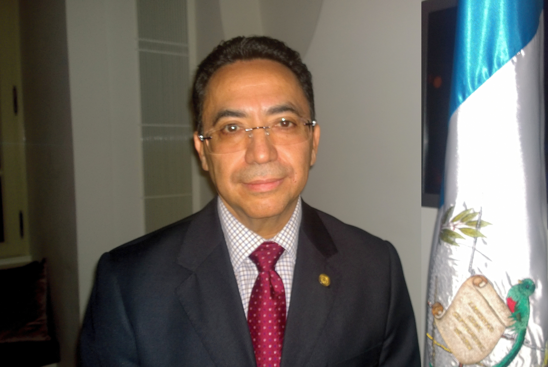El embajador de Guatemala ante la Santa Sede, Alfredo Vazquez Rivera (ZENIT cc).jpg