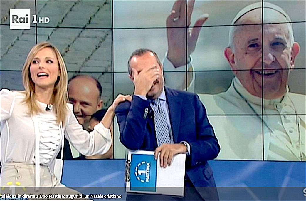 Los conductores de Unomattina se emocionan al escuchar al Papa
