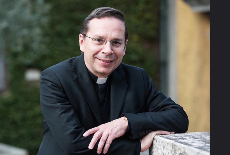 Mons. Mariano Fazio, vicario general del Opus Dei