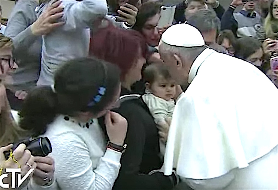 El Papa recibe en audiencia a los sobrevivientes del terremoto en Italia Central
