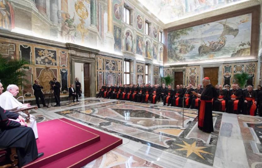 El Papa con la Congregación para la educación católica © Osservatore Romano