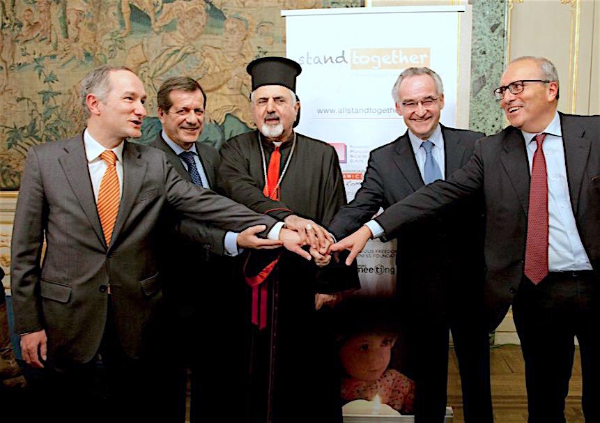 En Roma, en la embajada de España ante la Santa Sede presentan #StandTogether