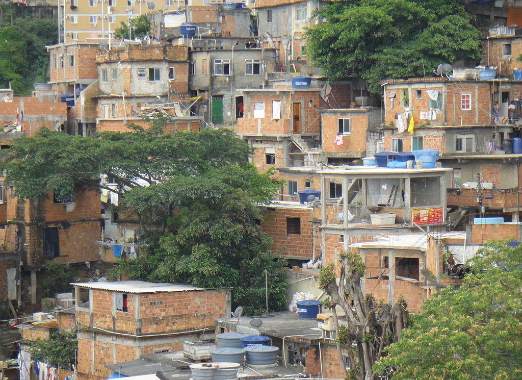 Favela Cantagalo, en Río (Fto Hmaglione10 - Wikicommons)