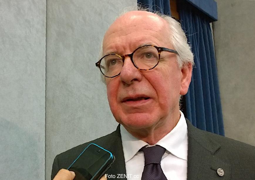 Domingo Sugranyes, después de la presentación del premio internacional Centesimus Annus
