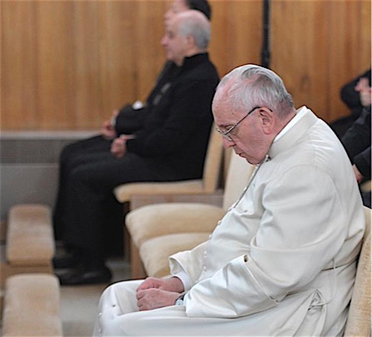 El Papa durante el retiro. (Fto. Osservatore © Romano)