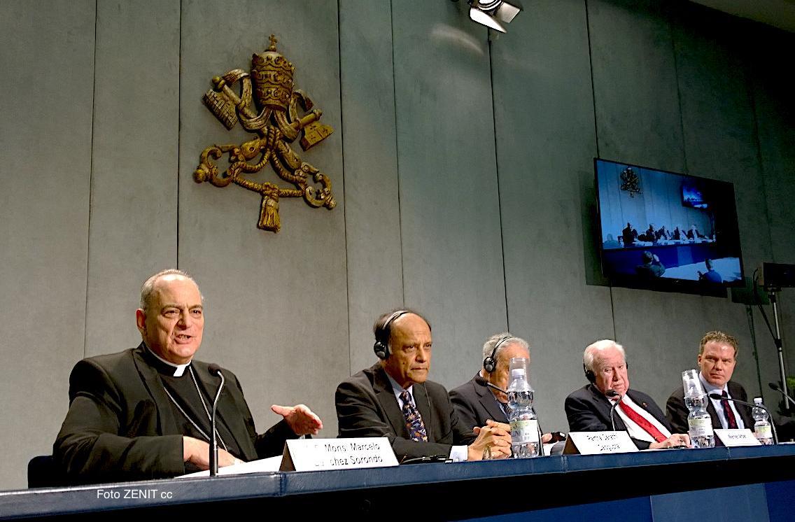 Conferencia de prensa de la Pontificia academia de las ciencias