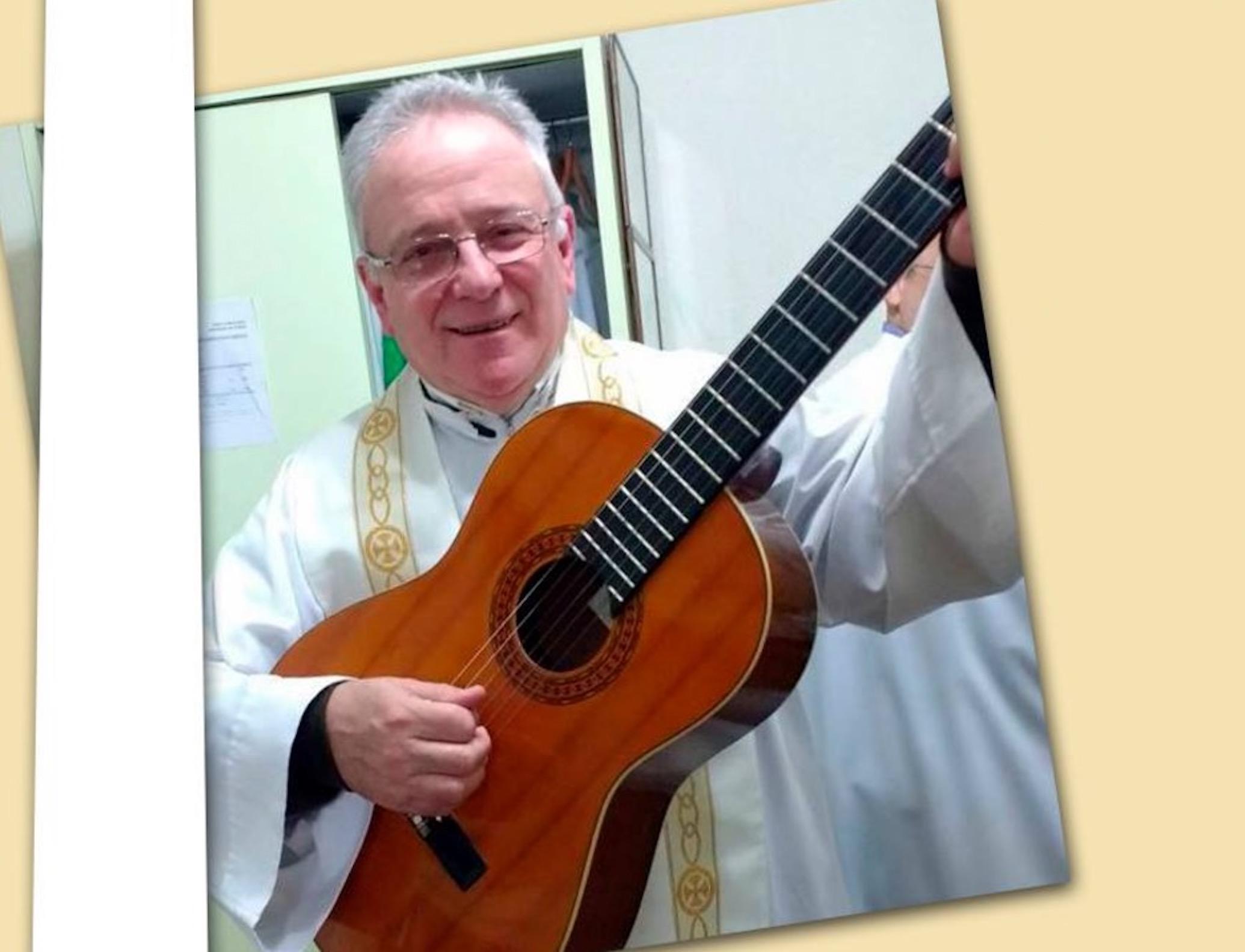 El padre Martín Dolzano (Perfil Facebook)