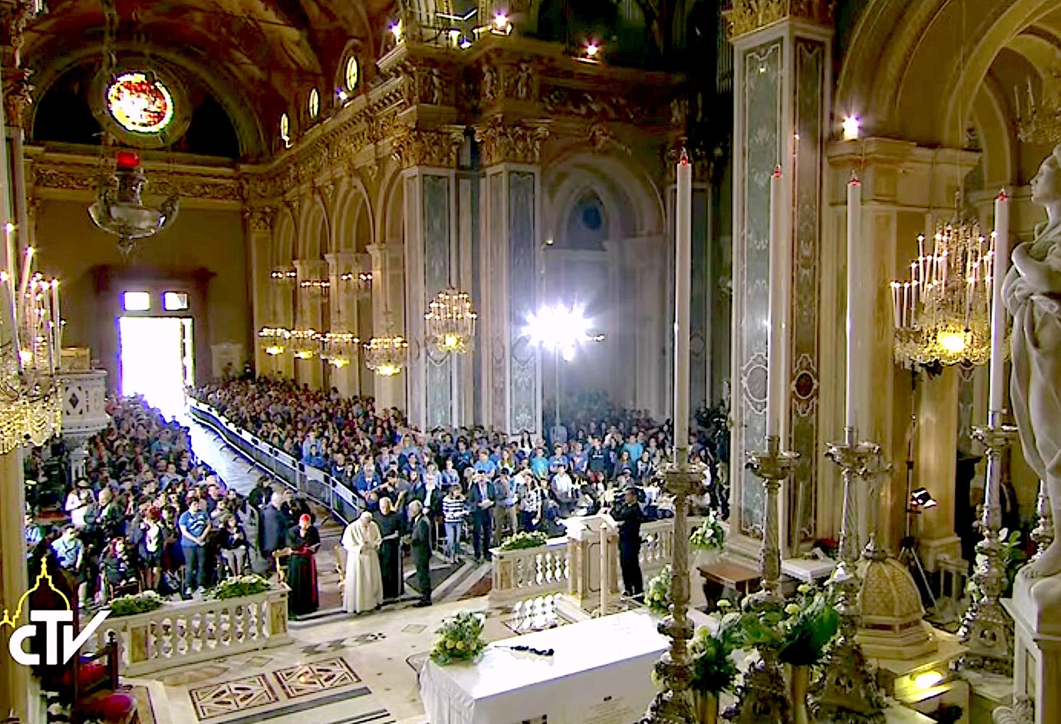 El Papa en Génova con los jóvenes