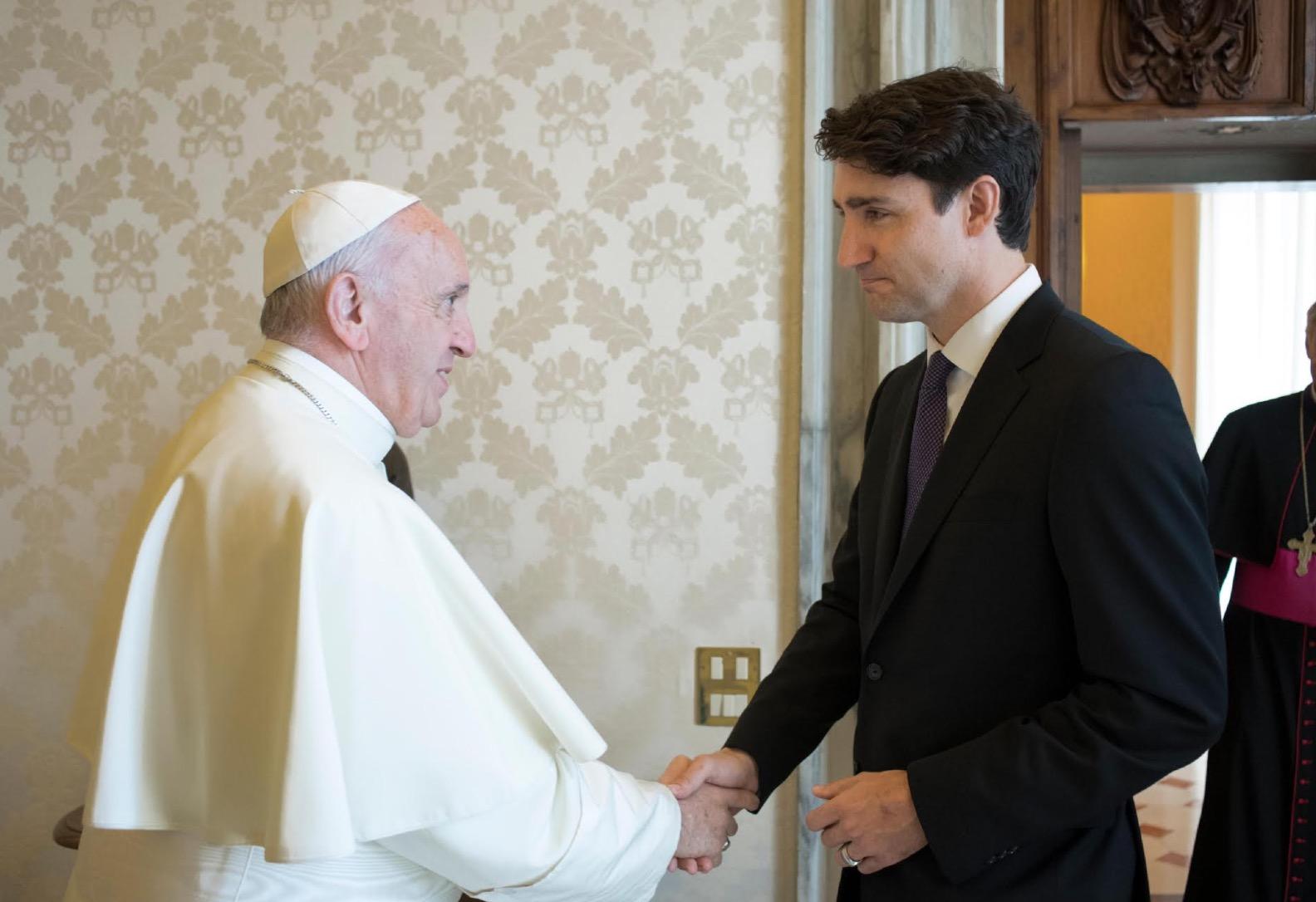 El primer ministro Justin Trudeau con el Papa (Foto Osservatore @ Romano)