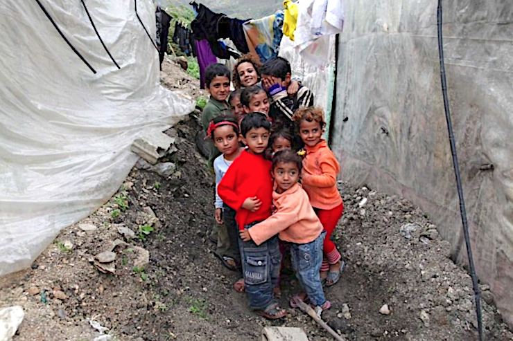 Niños refugiados sirios - Caritas.org