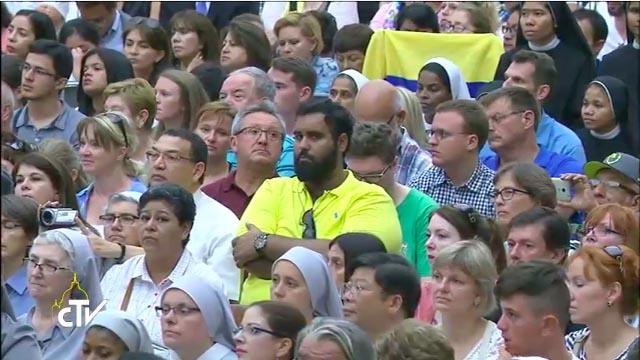Peregrinos en la Audiencia del 9 de agosto de 2017 © Captura de pantalla CTV