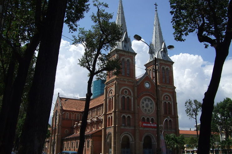 Catedral de Hô-Chi-Minh-Ville. Wikimedia Commons