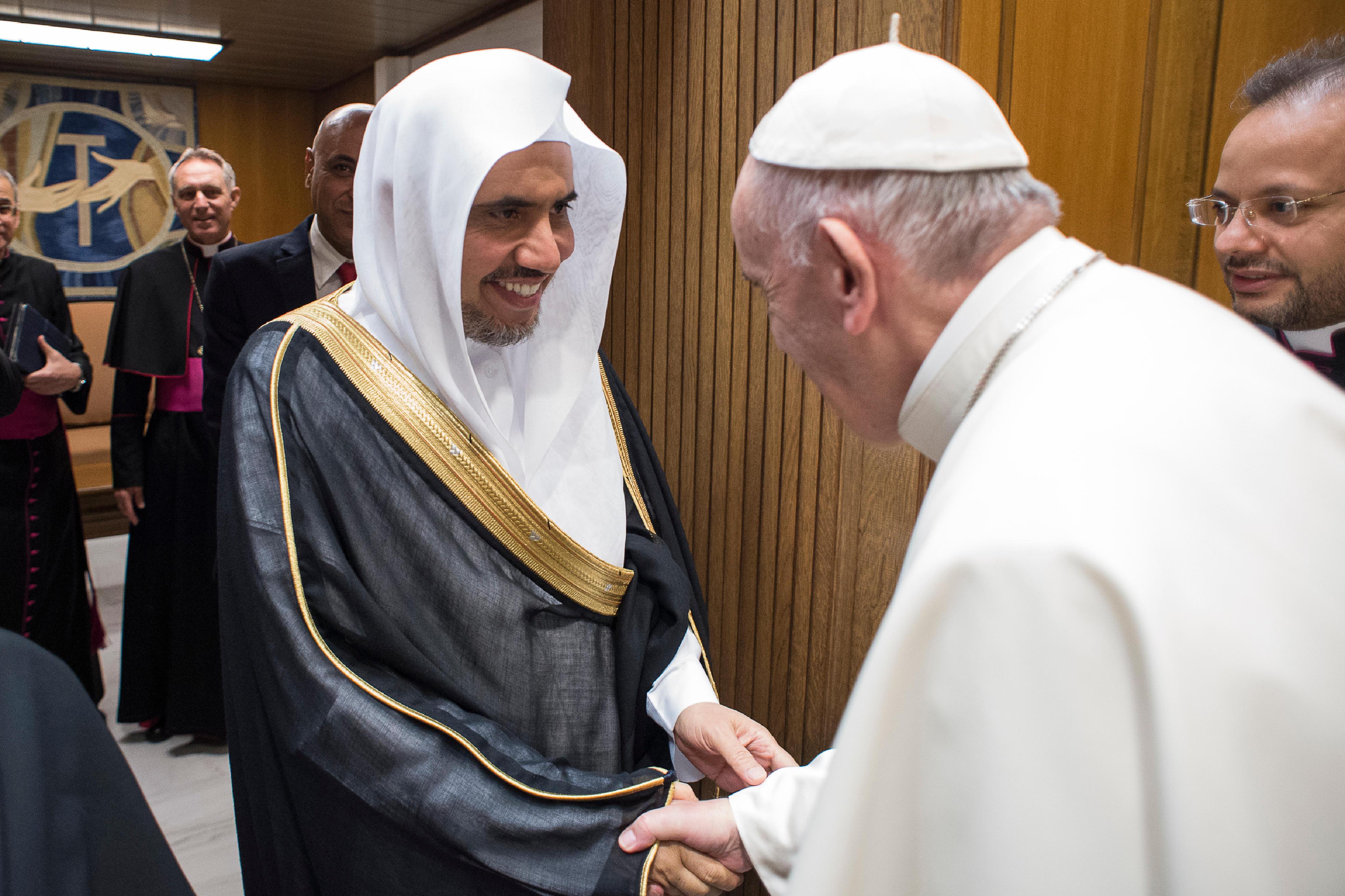 Encuentro del Encuentro del Papa con el Secretario de Liga Musulmana Mundial. © L´Osservatore Romano con el Secretario de Liga Musulmana. © L´Osservatore Romano