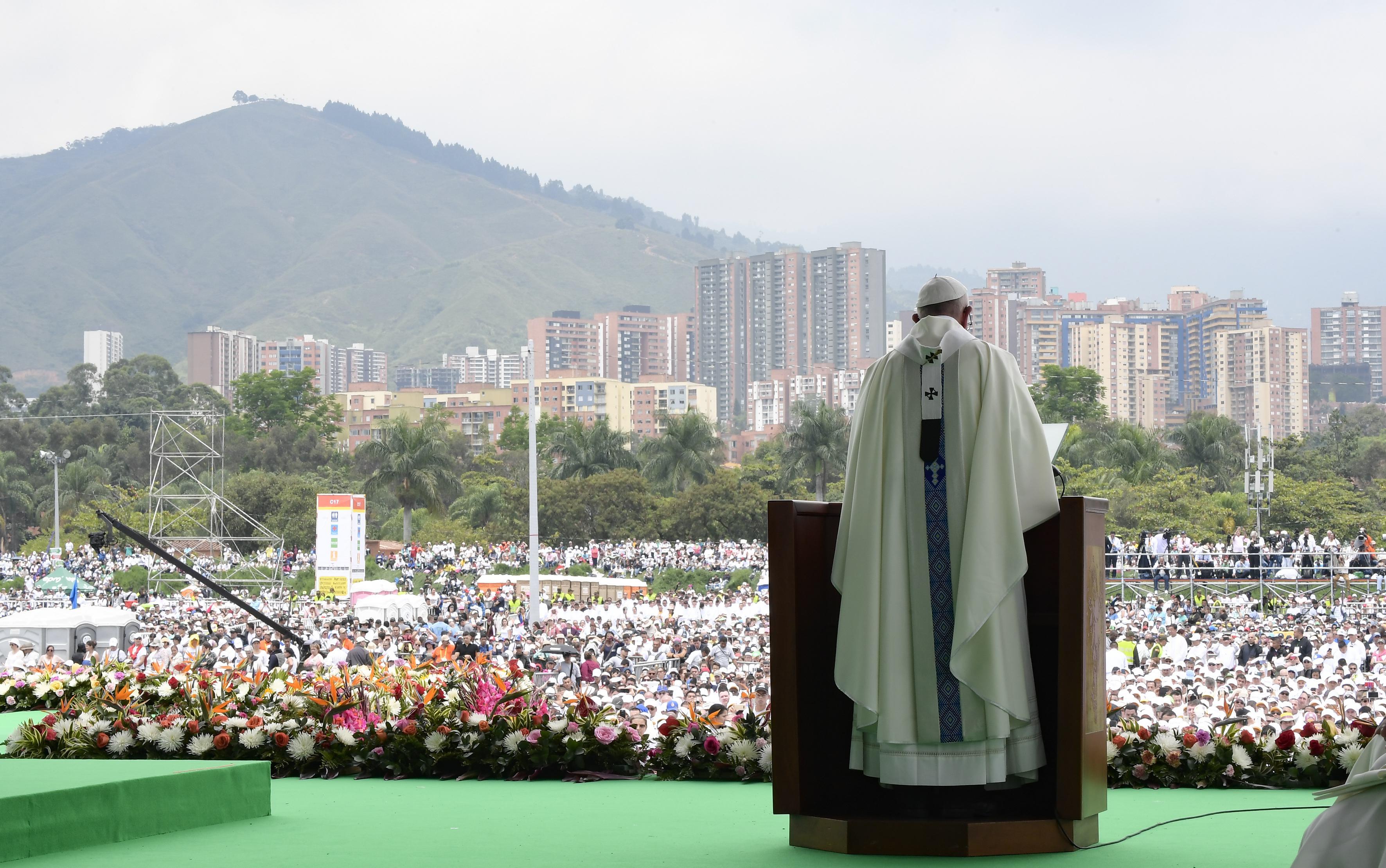 Santa Misa en Medellín 09/09/2017 © L´Osservatore Romano @Servizio Fotografico - L'Osservatore Romano