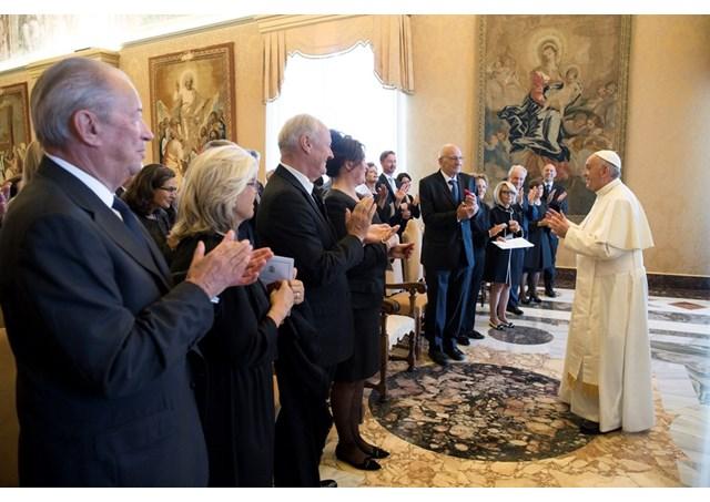 Miembros de las Fundaciones de la Guardia Suiza © Radio Vaticano