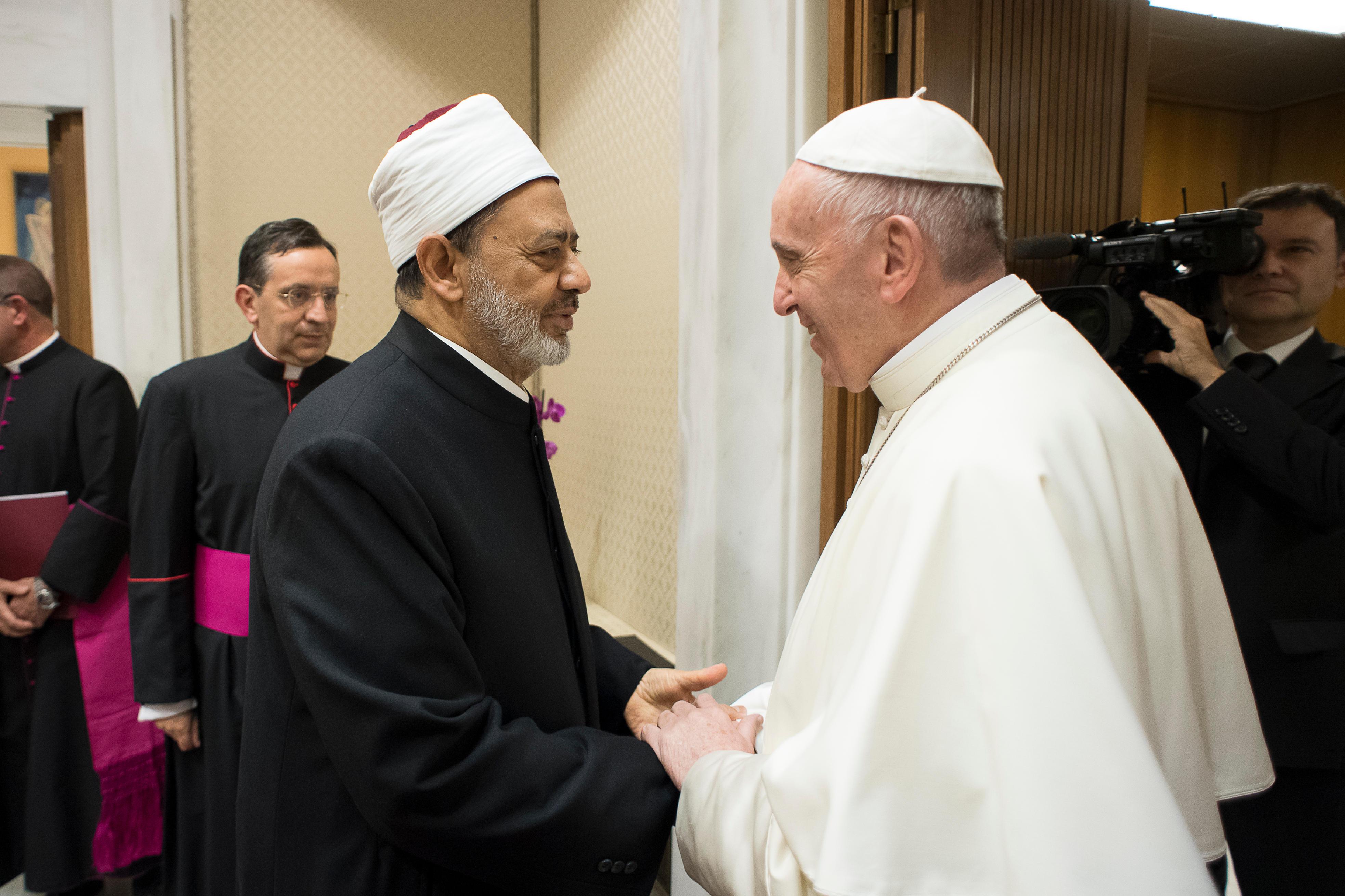 El Papa Francisco y Ahmed Muhammad al-Tayyib © L´Osservatore Romano